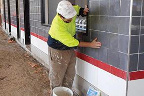 https://ggtiling.com.au/wp-content/uploads/2018/05/Commercial-Tiler-Large-Area-Space-Tiling-Adelaide.jpg