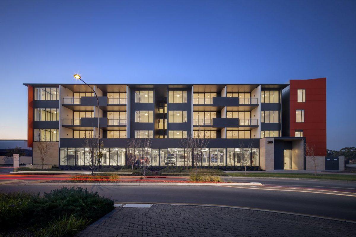 Cheltenham-commercial-g-and-g-tiling-1200x800.jpg