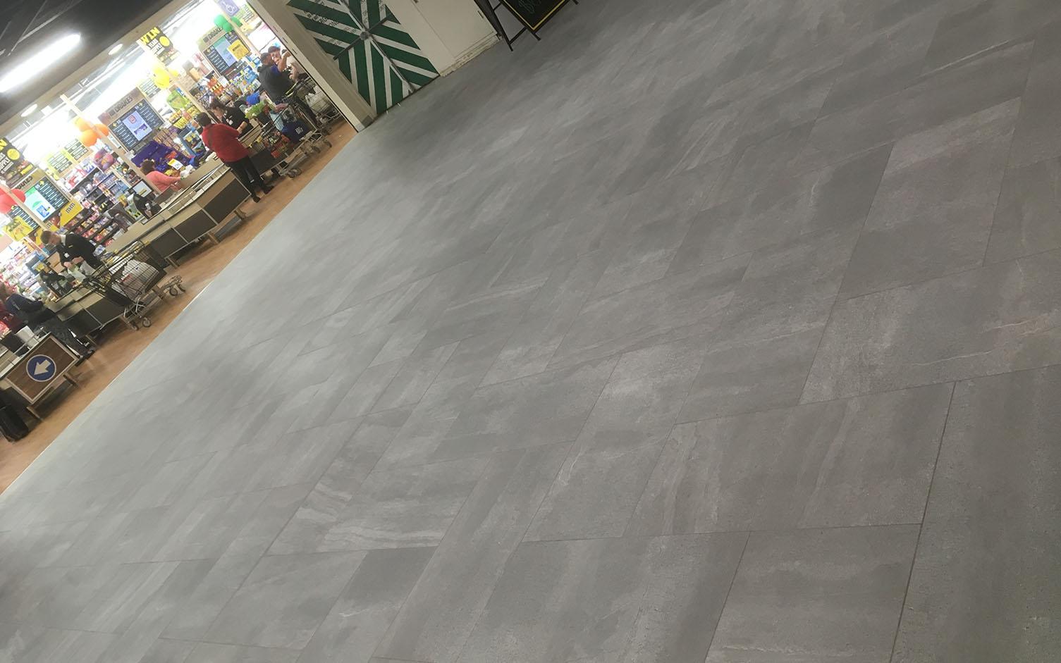 https://ggtiling.com.au/wp-content/uploads/2018/11/G-and-G-Tiling-Golden-Grove-Shopping-Centre_0013_14.jpg