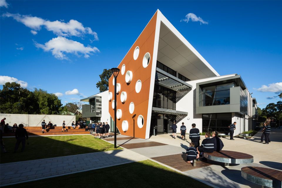 https://ggtiling.com.au/wp-content/uploads/2019/08/G-G-Tiling-Commercial-Marryatville-High-School_2.jpg