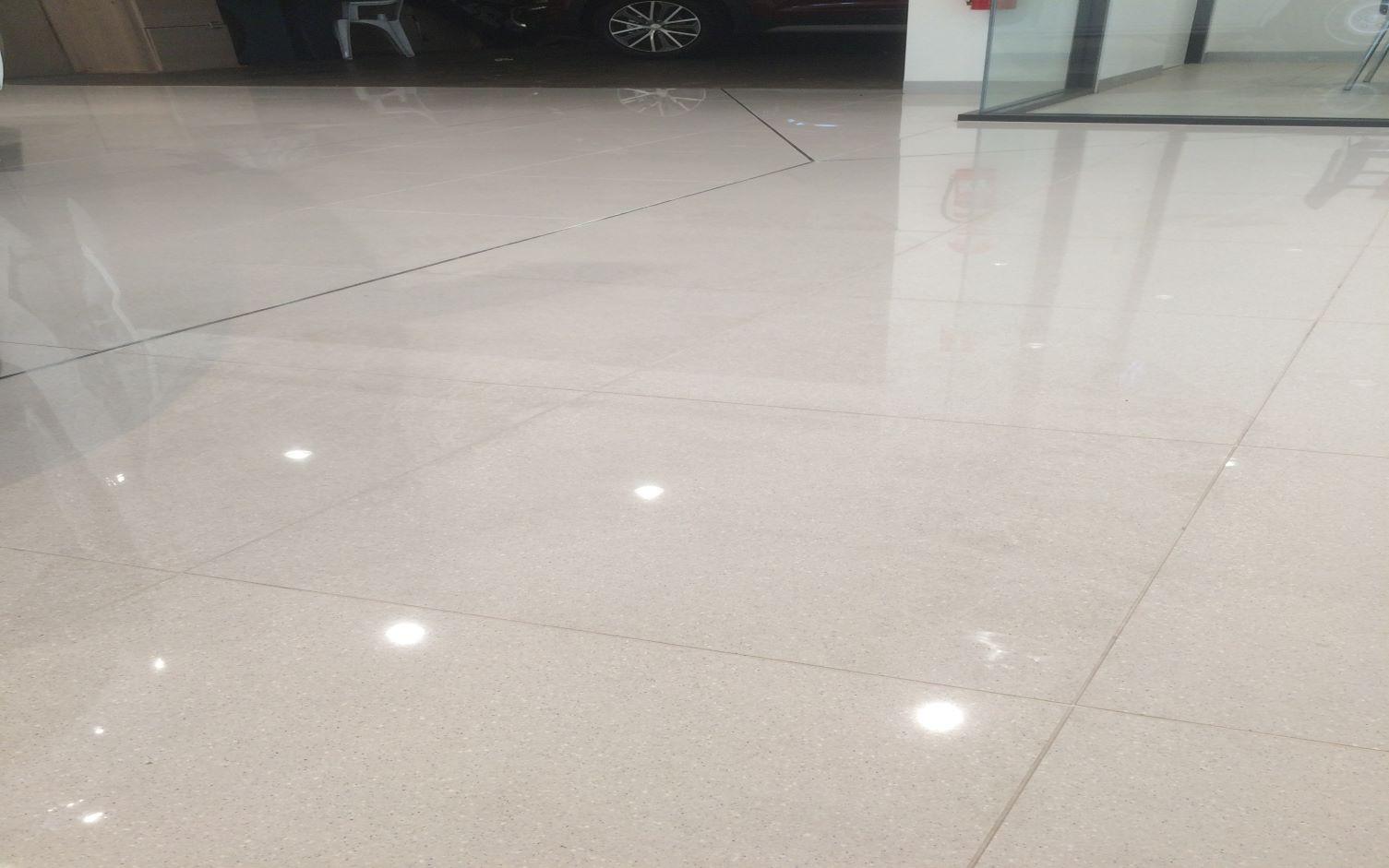 https://ggtiling.com.au/wp-content/uploads/2019/08/G-G-Tiling-Commercial-Maugham-Thiem-Hyundai_1.jpg