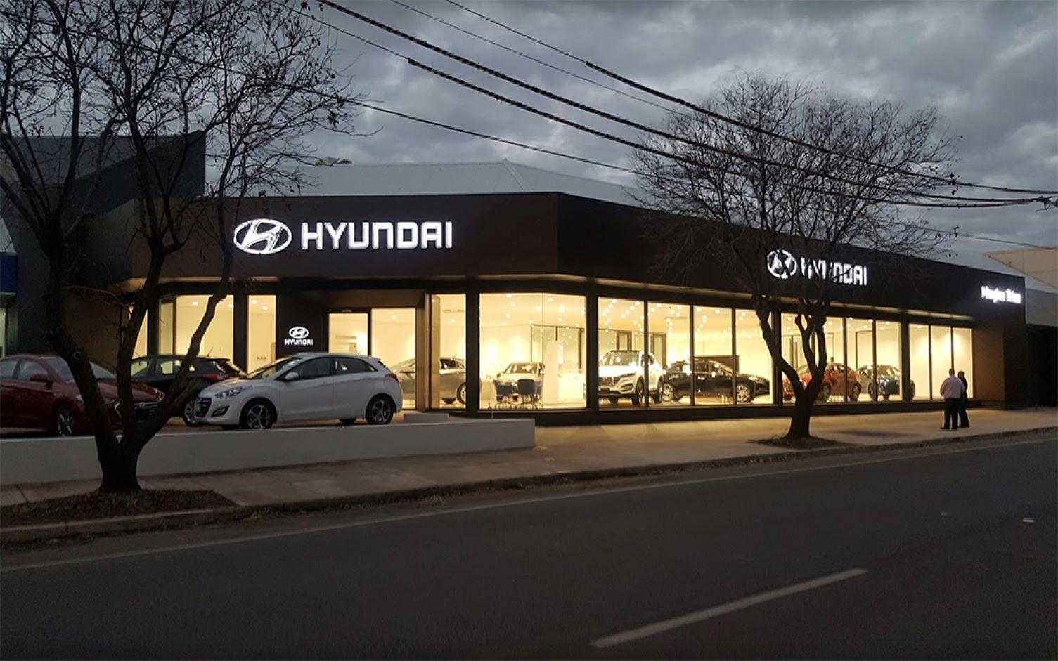 https://ggtiling.com.au/wp-content/uploads/2019/08/G-G-Tiling-Commercial-Maugham-Thiem-Hyundai_6.jpg